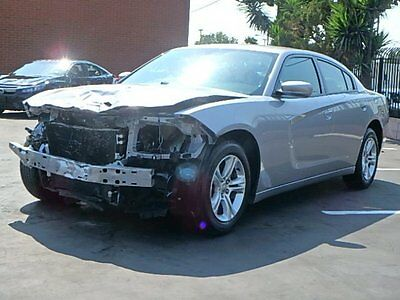 2015 Dodge Charger SE 2015 Dodge Charger SE Sedan Wrecked Repairable Clean Title Nice Project Must See