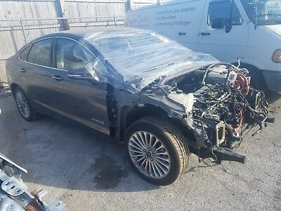 2014 Ford Fusion Titanium Hybrid Sedan 4-Door 2014 Ford Fusion Titanium Hybrid Sedan Wrecked Rebuildable
