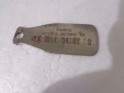 Vintage Averill Dairy Co. Akron Ohio Key Chain In The Shape Of A Milk Bottle