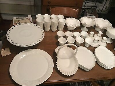 Vintage Milk glass full set. Mint!