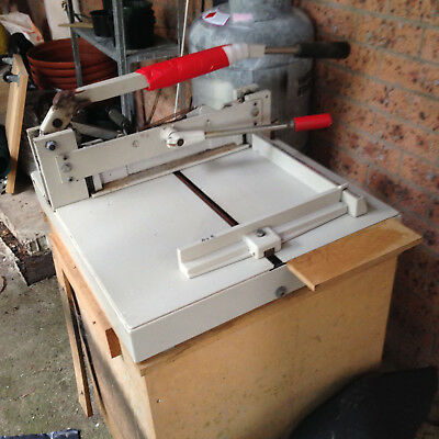 Ideal 3905 Guillotine