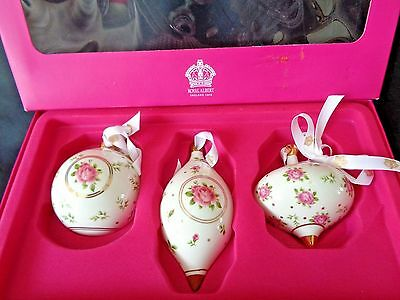 "Royal Albert Set Of 3 Christmas Tree Hanging Baubles ""pink Roses"" New In Box"
