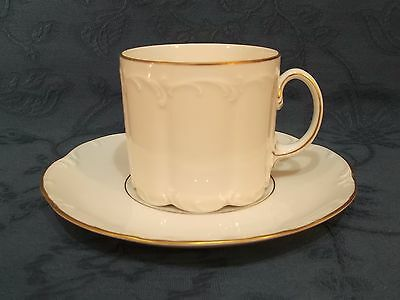 Rosenthal Classic Rose Collection Gold Trim Tea Cup & Saucer (E)