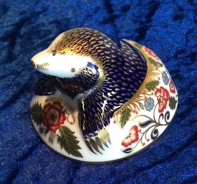 Royal Crown Derby Paperweight Mole Boxed Mint Gold Stopper