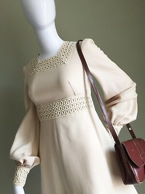 VINTAGE Cream/Beige MINI Mod DRESS - Crotchet LACE Detail Twiggy VTG Mod - 8