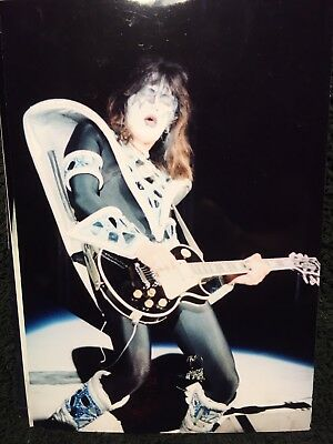 4 Photos KIss Ace Frehley In Concert Makeup Les Paul New York Groove More!