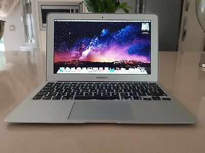 USED MacBook Air 11 inch Laptop (mid 2011) 1.6GHz, 64gb FANTASTIC condition!