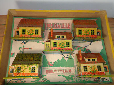Lionel Vintage O & Standard Gauge # 186 - 5 Tin & Litho #184 Bungalows With Box