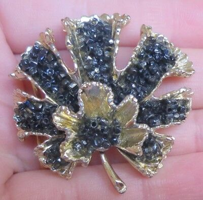 Lovely Vintage 60's Hollywood Brooch Set With Black Glass Beads (6944)