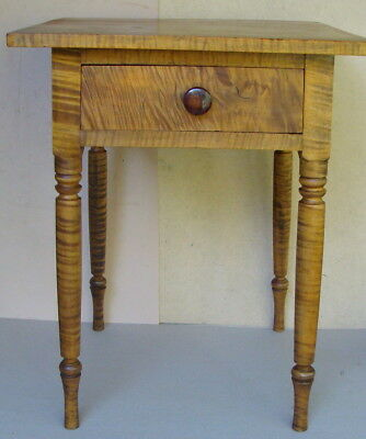 Uncommon ca 1830 Tiger Maple work table with splayed legs *