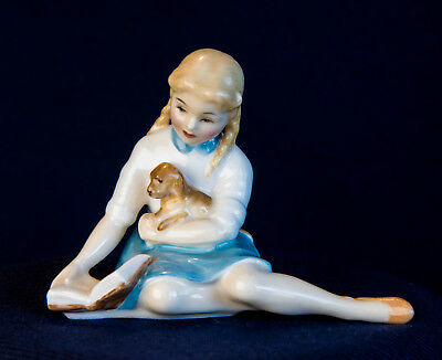 Royal Doulton Figurine Mary My Pet Hn 2238 Mint Retired