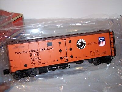 Lionel Steel Sided Reefer 6-17336 Fac/Ptd Pacific Fruit Express in 3 Rail