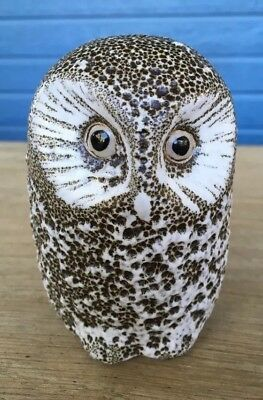 "PIGEON FORGE Owl Pottery Signed 4 1/2"" Tall Seated Owl Figurine"