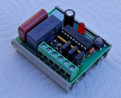 "Traffic Light Signal Sequencer Controller 3-Output G-Y-R with ""teach mode"""
