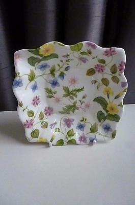 """Queens Discontinued Collectable Country Meadow 5"""" Scalloped Candy Dish- Pristine"""