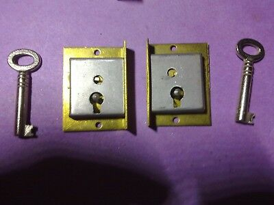 cabinet locks, left and right matching pair, 38 mm, vintage (LL66)