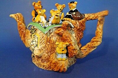 Paul Cardew Large TEDDY BEAR'S picnic teapot 26 x 18 x 18cm  Ltd Edition