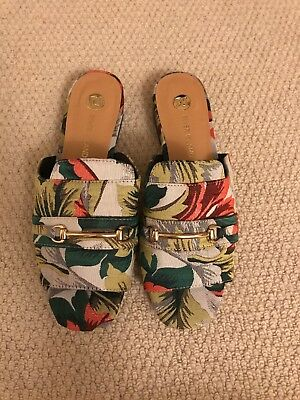 River Island Flat Shoes Size 6