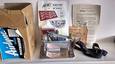 Vintage 1960's   AIRLYNE  HOME RUGMAKER with all instructions & original box