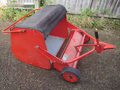Garden Lawn Sweeper Collector Trailer for Ride-on mower - Morris Green Machinery