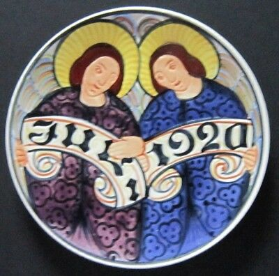 "ROYAL COPENHAGEN, ALUMINIA FAIENCE Christmas Plate 1920 ""Two Angles"""