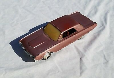 AMT 1962 Ford Thunderbird Promotional Model