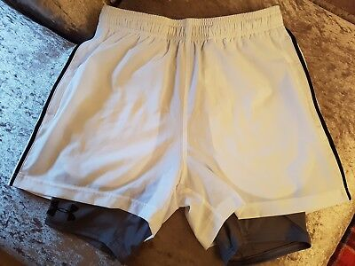 ***mens Under Armour Shorts*** Size M***