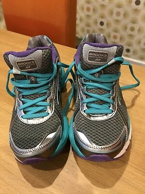 Brooks Defyance Trainers Size 5.5