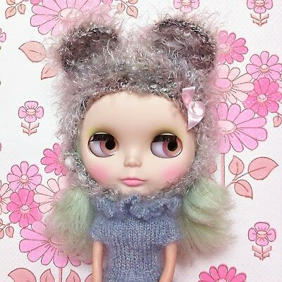 Blythe bear hat with ears in grey - super soft eyelash yarn - by Sweet Puppet
