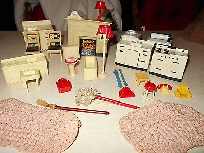 Vintage Doll Furniture The 1 W/k68 W/roaster On It Other Pc Don't Have Any Mark