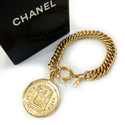 CHANEL Gold Plated CC 31 Rue Cambon Charm Vintage Chain Bracelet #2154a Rise-on
