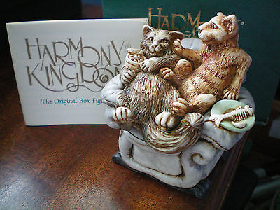 Harmony Kingdom Disorderly Eating Dogs Cat UK Made