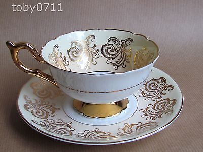 Foley E Brain Cabinet Cup And Saucer Two Tone Decoration With Flowers And Gilt