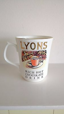 WADE Made Exclusively for Lyons Tetley - LYONS Rich Hot Chocolate Drinking MUG