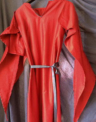 Basic Medieval Dress - Red -  for LARP / Re-Enactment / Costume