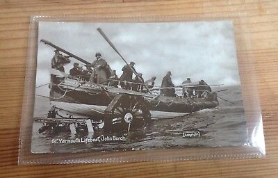 GT. YARMOUTH LIFEBOAT. REAL PHOTO. POSTALLY USED OCT 24th 1911