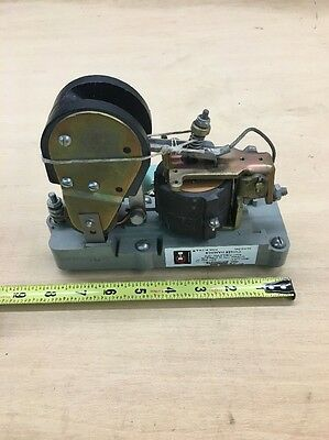 Cutler-Hammer DC Contactor Mod: 6002H342B, (Equivalent To Mod: C80DG121N00), New