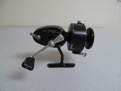 Mitchell Garcia 300 Spinning Reel Fishing France Vintage