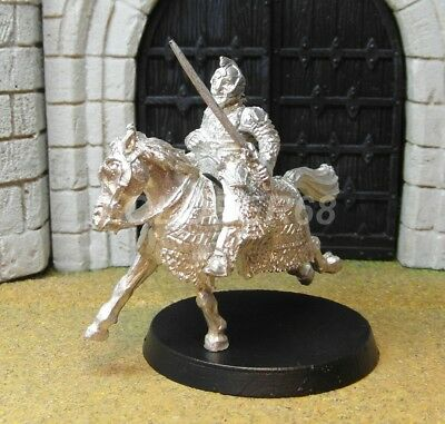 THEODEN IN ARMOUR MOUNTED - Lord Of The Rings Metal Figure(s)