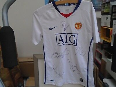signed manchester united away shirt   signed by 5 players  TAKE A LOOK