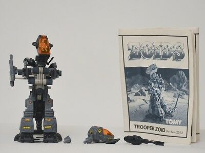 zoids - OER - Trooper Zoid - TOMY figure with instructions.