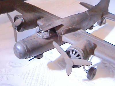 VINTAGE WW2 METAL TRENCH ART B17 BOMBER PLANE HAND MADE SCRATCH BUILT 1940's