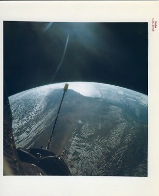 GEMINI 11 / Orig NASA 8x10 Press Photo - Great View of Earth from Spacecraft