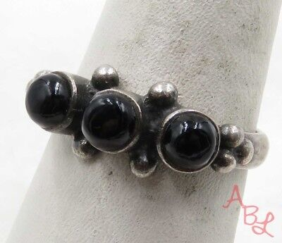 Sterling Silver Vintage 925 3-Stone Cluster Black Onyx Ring Sz 8 (3.7g) - 575064