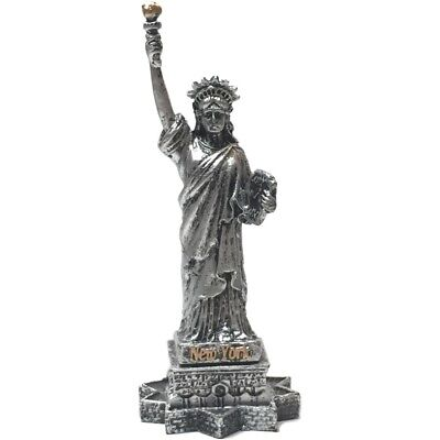 """No shipping until 8/24/18. 4"""" Statue Of Liberty/Pewter Color"""