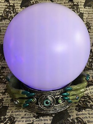 Fortune Teller Color Changing Ball WITCH Hands w/ Teal Nails & All Seeing Eye