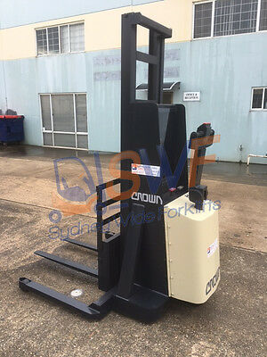 Crown Forklift Very Cheap!!! The Best Buy On Ebay