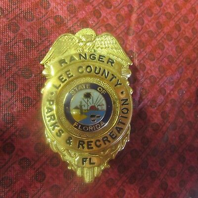 OBSOLETE RANGER BADGE - LEE COUNTY, FL PARKS AND RECREATION State of Florida