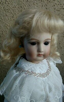 """Doll Wig, Mohair Joy With Bangs, ash blonde Size 4 1/2""""  Prestige, Fits fashions"""