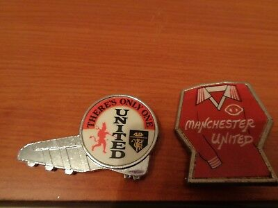 Manchester United Pin Badges X 2